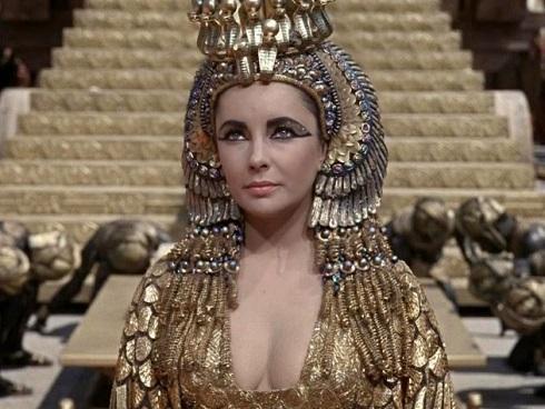 Vỡ mộng với nhan sắc thực của mỹ nhân 'nghiêng nước nghiêng thành' - Nữ hoàng Cleopatra