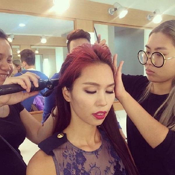 Sao Việt theo mốt môi tều Kylie Jenner: Người đẹp hơn, kẻ thảm họa!-9