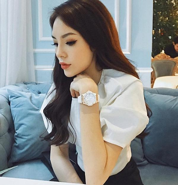 Sao Việt theo mốt môi tều Kylie Jenner: Người đẹp hơn, kẻ thảm họa!-13