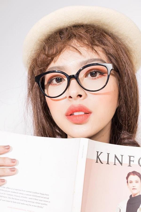 Sao Việt theo mốt môi tều Kylie Jenner: Người đẹp hơn, kẻ thảm họa!-6