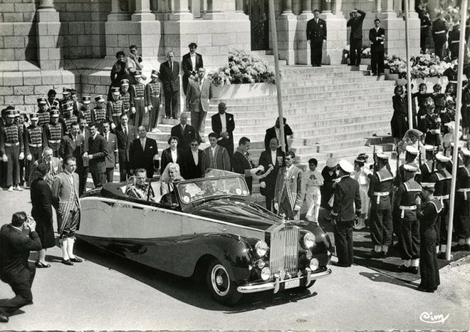 Toàn cảnh đám cưới thế kỷ vượt mặt ngày trọng đại của công nương Kate và hoàng tử William về độ xa hoa-10