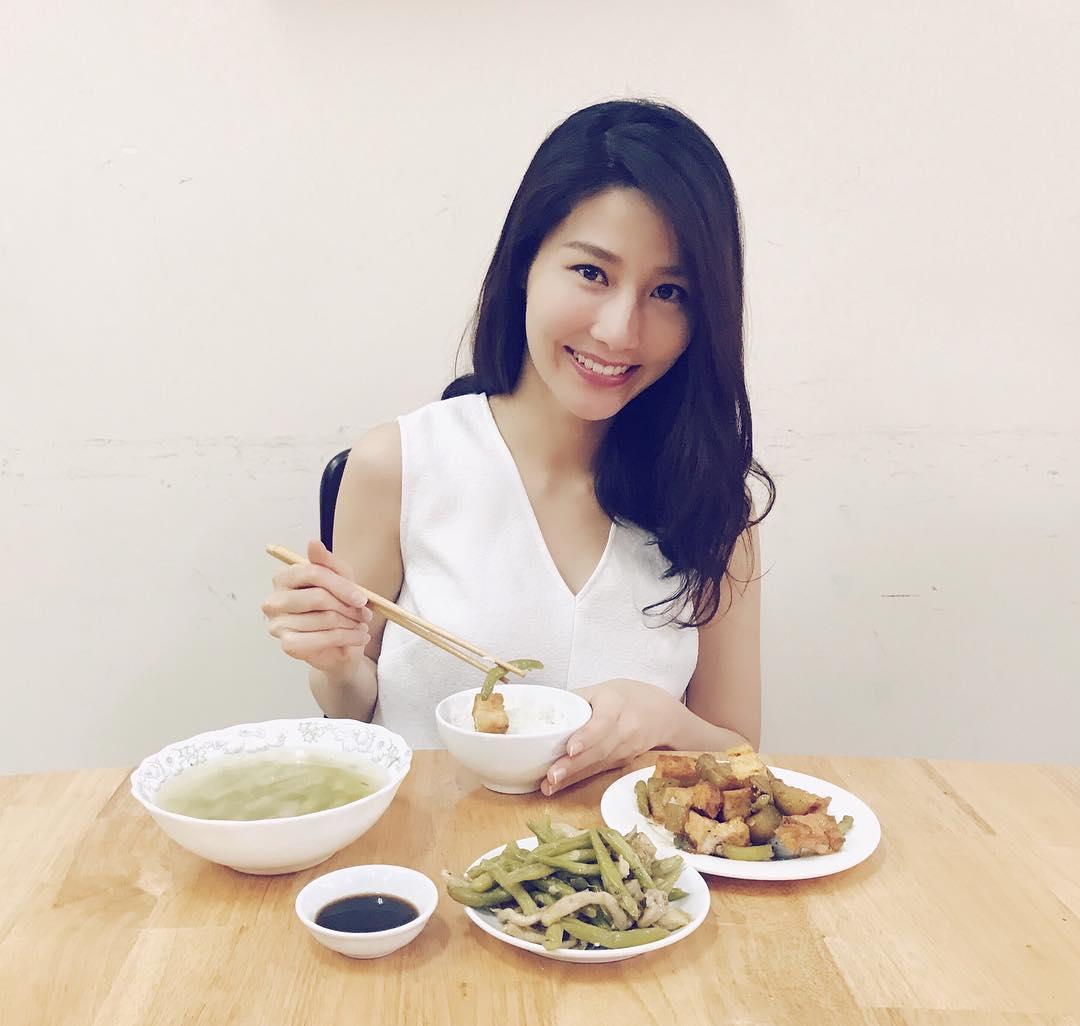 Tin sao Việt 23/9: Tăng Thanh Hà tự nhủ sống chậm lại để biết yêu mình-4