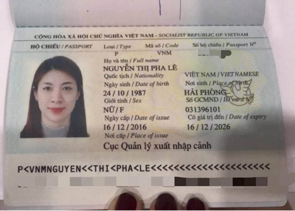 Pha Lê khóc nức nở cầu cứu vì bị cướp tiền và giấy tờ trước ngày đi Mỹ-2