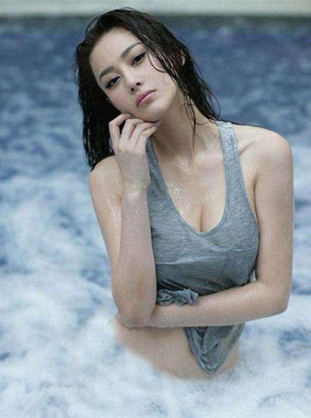 Những mỹ nhân Hoa ngữ sở hữu body khiến hội chị em bạn dì phải ghen tỵ-6