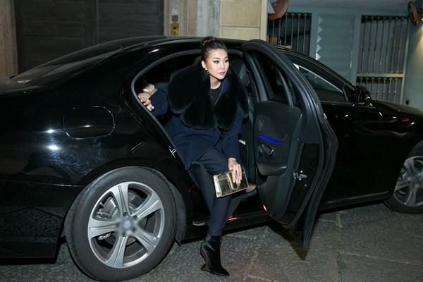 Không cần phô trương, Thanh Hằng chọn thời trang đẳng cấp ở Milan Fashion Week-1