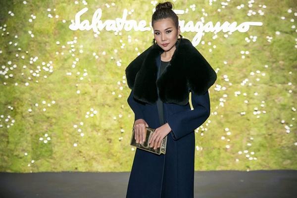 Không cần phô trương, Thanh Hằng chọn thời trang đẳng cấp ở Milan Fashion Week-6