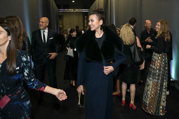 Không cần phô trương, Thanh Hằng chọn thời trang đẳng cấp ở Milan Fashion Week-4