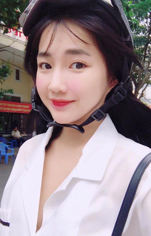 Hot girl - hot boy Việt 24/9: Mẹ SunHt gửi lời yêu thương nhân dịp con gái đón tuổi mới-4