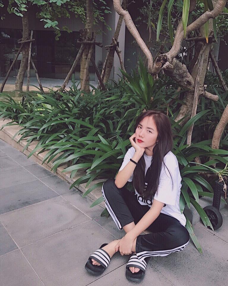 Hot girl - hot boy Việt 24/9: Mẹ SunHt gửi lời yêu thương nhân dịp con gái đón tuổi mới-8