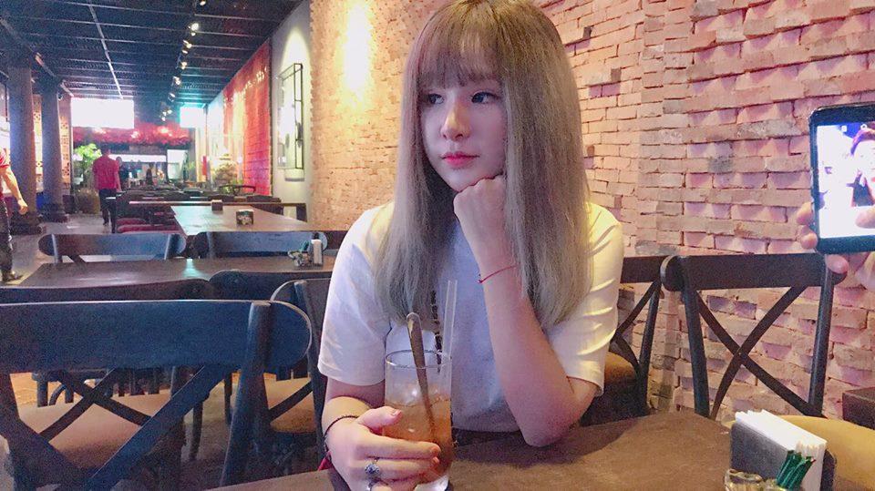 Hot girl - hot boy Việt 24/9: Mẹ SunHt gửi lời yêu thương nhân dịp con gái đón tuổi mới-11