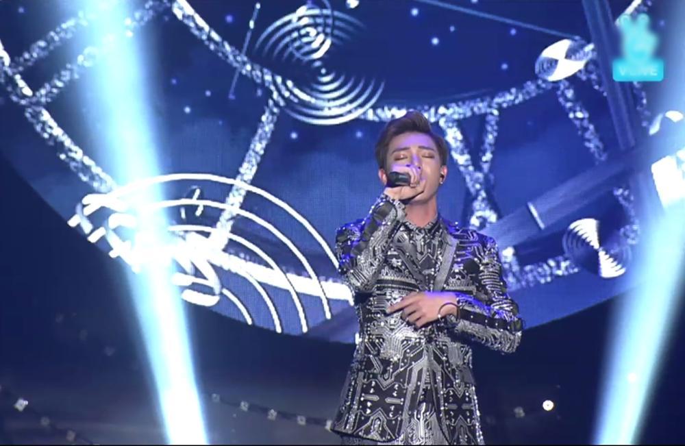 Erik không lép vế trước các nghệ sĩ quốc tế tại Asia Song Festival-3