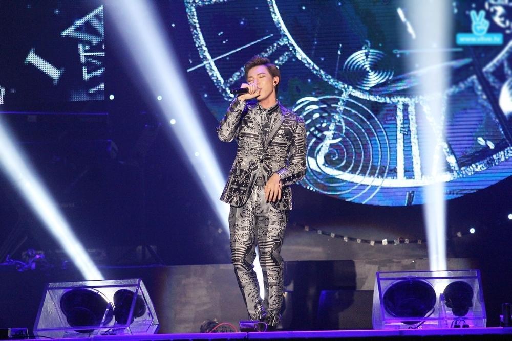 Erik không lép vế trước các nghệ sĩ quốc tế tại Asia Song Festival-1
