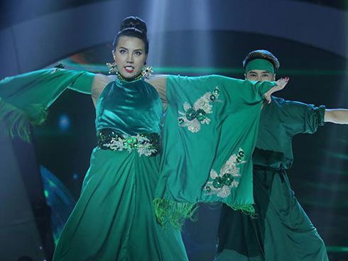 Bước nhảy ngàn cân: Chàng béo xuất thần hóa thân thành nghệ sĩ hài Hồng Vân phiên bản nam-6
