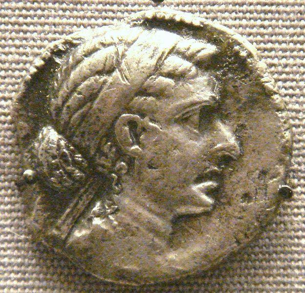 Vỡ mộng với nhan sắc thực của mỹ nhân nghiêng nước nghiêng thành - Nữ hoàng Cleopatra-3
