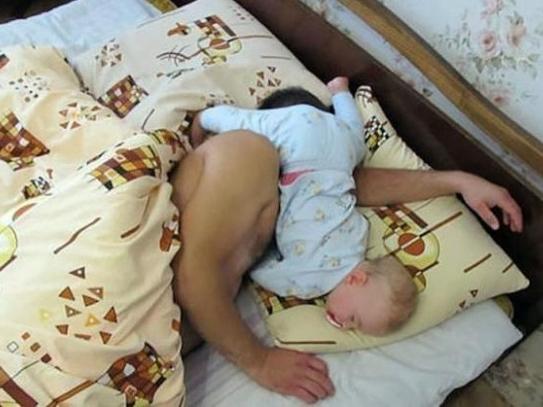 Lũ trẻ và 'nỗi khổ mỗi sáng thứ hai'
