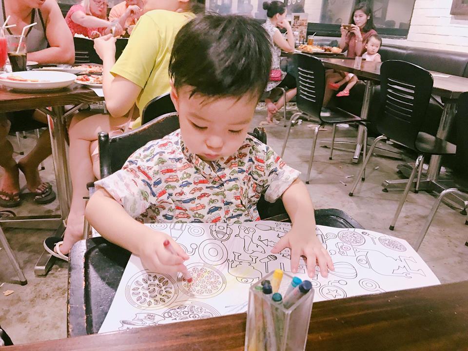 Hot girl - hot boy Việt 25/9: Bất ngờ trước vóc dáng ngày càng phát tướng của hot girl Kiều My-1