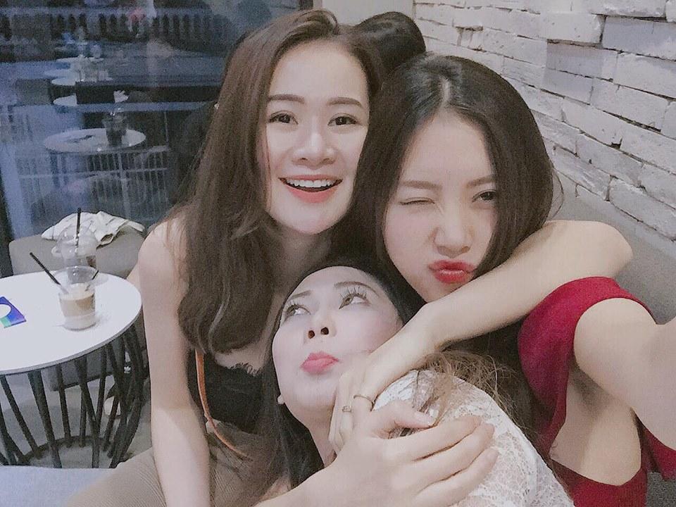 Hot girl - hot boy Việt 25/9: Bất ngờ trước vóc dáng ngày càng phát tướng của hot girl Kiều My-8