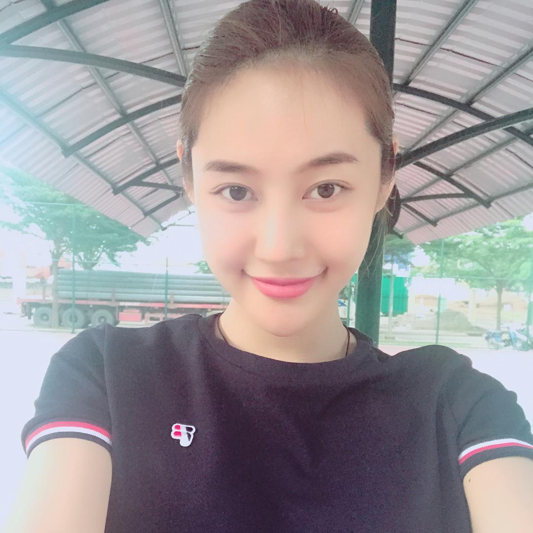 Tin sao Việt 25/9: Linh Chi thấy mình hiền quá nên hay bị thiệt thòi-1