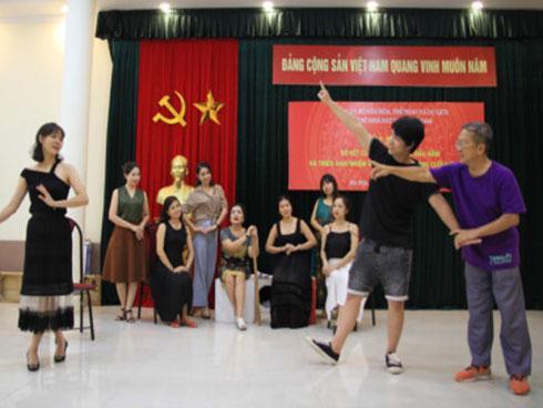 'Hồng lâu mộng' lên sân khấu Nhà hát Kịch Việt Nam