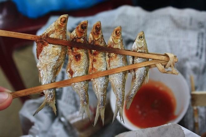 Hãy một lần thưởng thức món cá nướng sông Đà bạn sẽ nhớ mãi