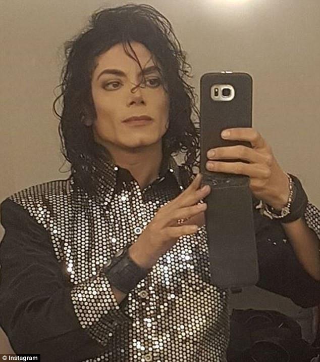 9X chia sẻ ảnh anh chàng giống hệt Michael Jackson-2