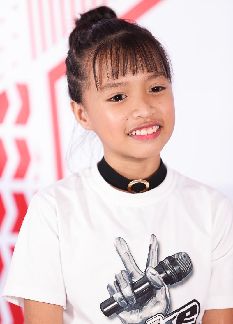 Cô bé hát lô tô Khả Vy lần đầu chia sẻ về khả năng kiếm tiền từ khi mới 5 tuổi-1