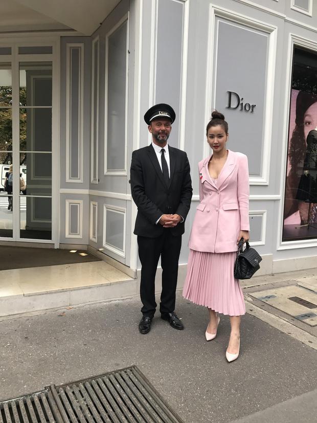 Vừa đấu khẩu chán chê với Tâm Tít xong, Maya quyết định sang ngao du Paris Fashion Week-5