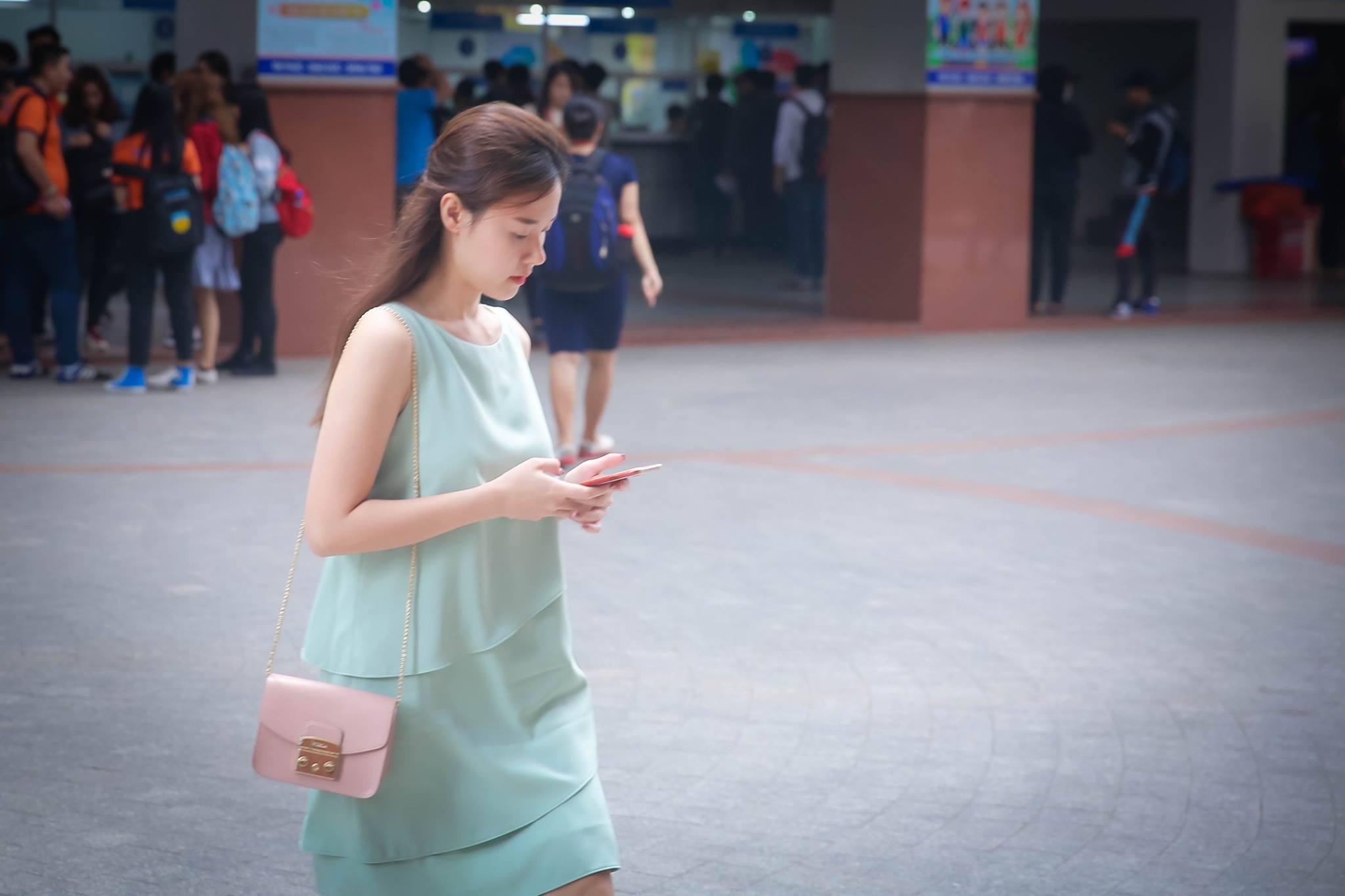 Tin sao Việt 27/9: Quỳnh Thư cần vòng tay của Ngọc Trinh vì cảm xúc đang tụt dốc-7