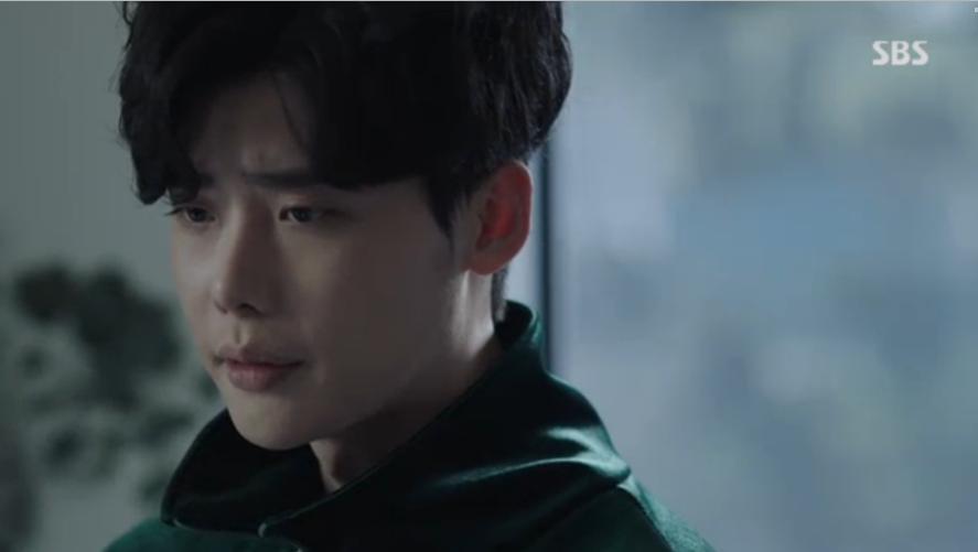 Khi nàng say giấc khởi đầu đầy kịch tính: Lee Jong Suk cứu Suzy thoát chết trong gang tấc-11