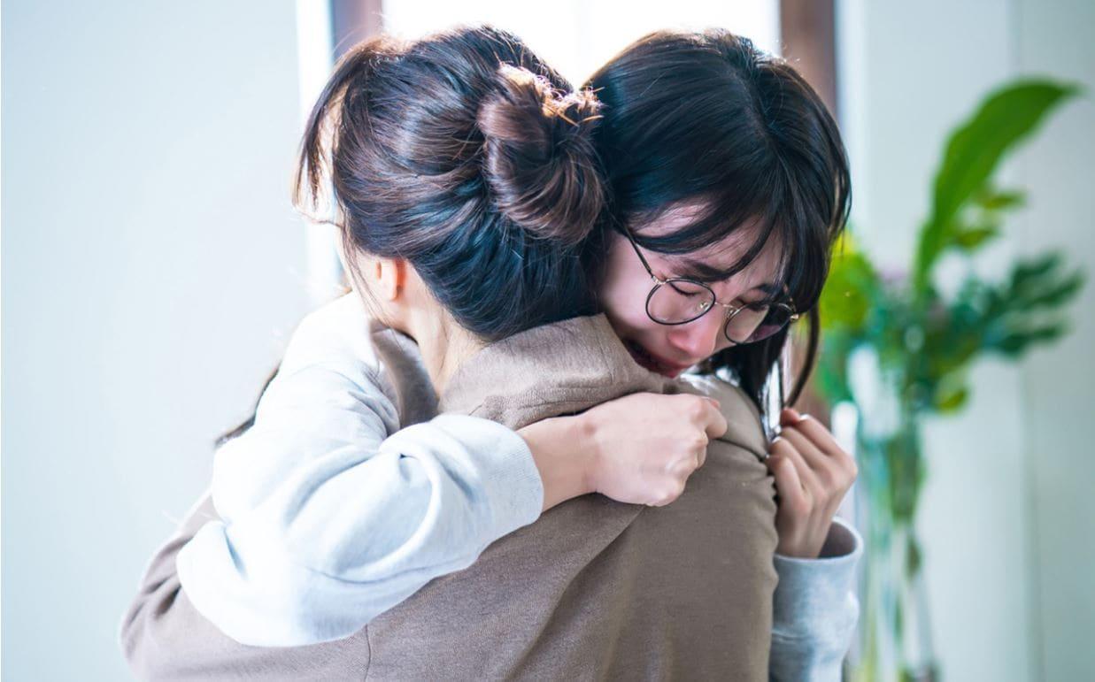 Khi nàng say giấc khởi đầu đầy kịch tính: Lee Jong Suk cứu Suzy thoát chết trong gang tấc-4