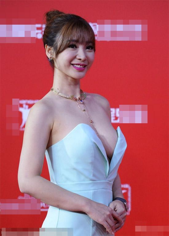 Vòng 1 như Hoa hậu Thu Thảo, Mỹ Linh thì nên tránh thật xa kiểu váy này!-8