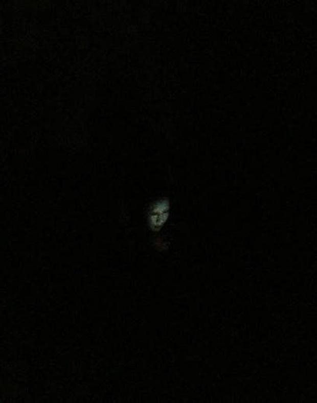 Lỡ bước chân vào phòng ký túc xá nữ buổi tối và đây là khung cảnh kinh hoàng-2