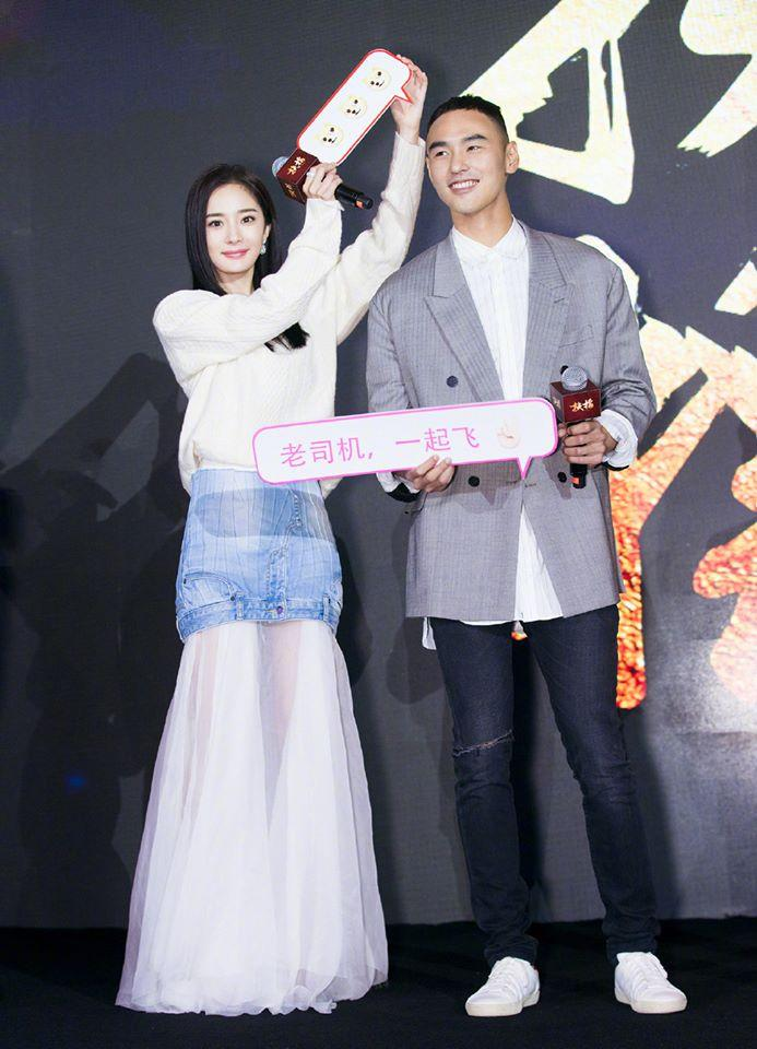 Sau scandal cướp vai, Dương Mịch khoe vẻ đẹp xuất sắc bên cạnh Ảnh đế Kim Mã-10