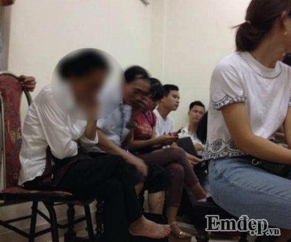 Vụ Cao Mạnh Hùng dâm ô bé gái ở Hoàng Mai: chửi bới loạn xạ, mẹ già bật khóc, bị cáo lĩnh 24 tháng tù-3