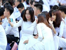 Trường học Sài Gòn quy định học sinh nam nữ không được ngồi gần nhau
