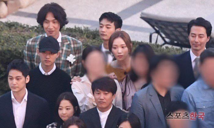 Thêm một đám cưới quy tụ dàn sao khủng xứ Hàn: Jo In Sung, Lee Kwang Soo, Cha Tae Hyun-4