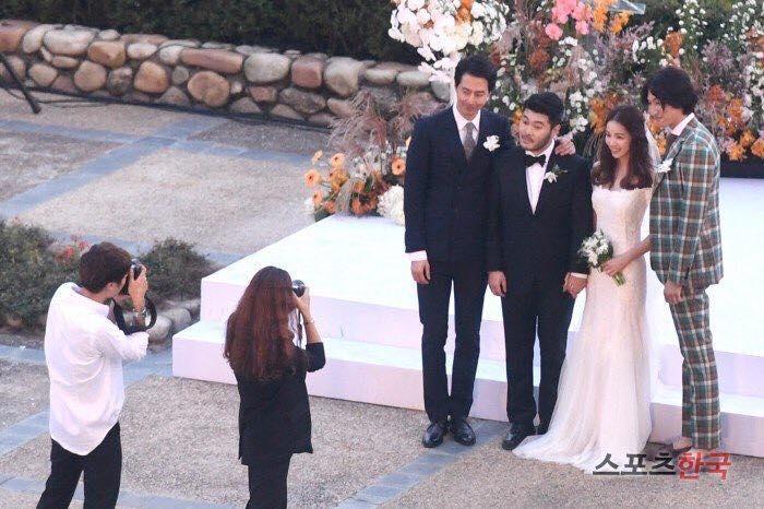 Thêm một đám cưới quy tụ dàn sao khủng xứ Hàn: Jo In Sung, Lee Kwang Soo, Cha Tae Hyun-6