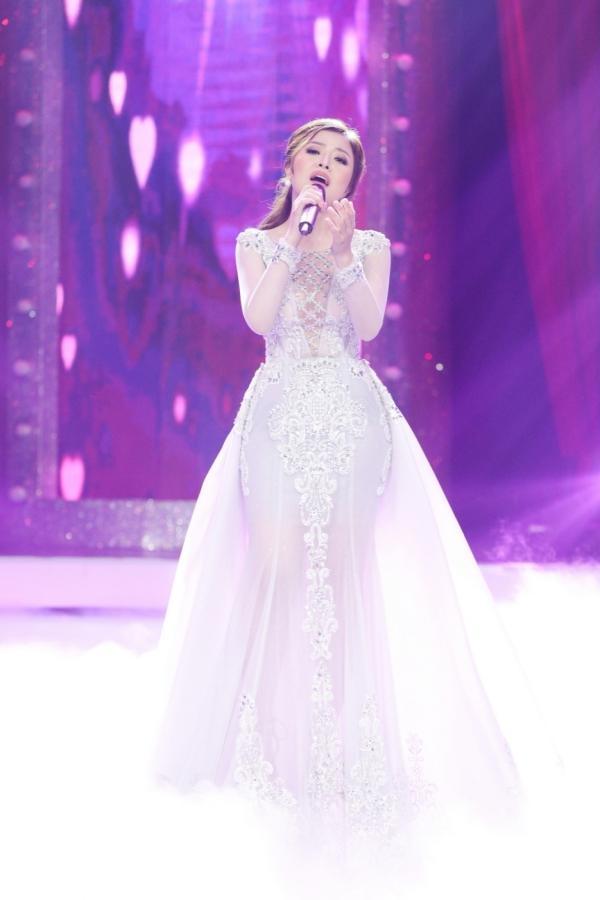 Diện váy 60 triệu hát hit Hồ Ngọc Hà, bản sao Minh Tuyết lên ngôi quán quân-2