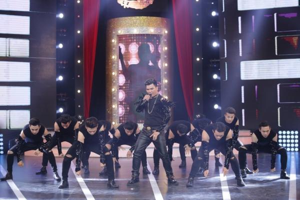 Diện váy 60 triệu hát hit Hồ Ngọc Hà, bản sao Minh Tuyết lên ngôi quán quân-5