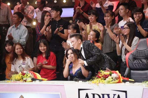 Diện váy 60 triệu hát hit Hồ Ngọc Hà, bản sao Minh Tuyết lên ngôi quán quân-3