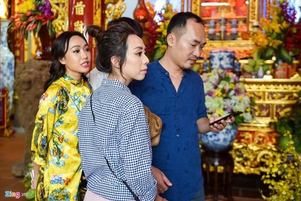 Trấn Thành và dàn sao Việt tấp nập cúng Tổ tại đền thờ của Hoài Linh-10