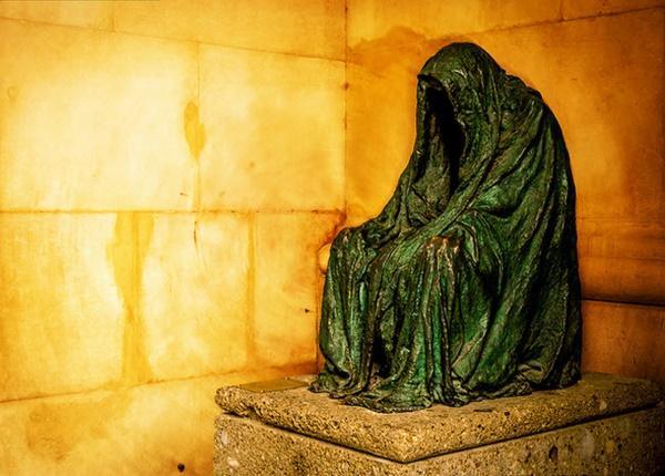 Tròn mắt trước 17 bức tượng đáng sợ và ấn tượng nhất thế giới-10