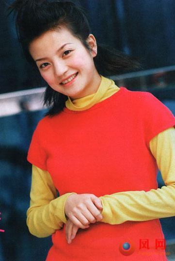 Đâu riêng Lâm Tâm Như, Triệu Vy cũng gây bất ngờ thời làm mẫu bikini-11