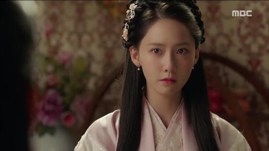 Choáng trước tài kiếm tiền của Suzy và Yoona khi làm diễn viên-4