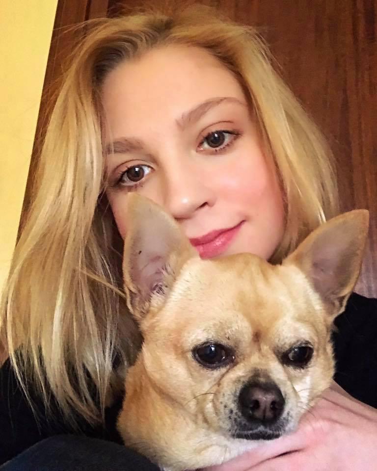 Nữ sinh đâm bạn trai được thả tự do vì quá giỏi để ngồi tù-2