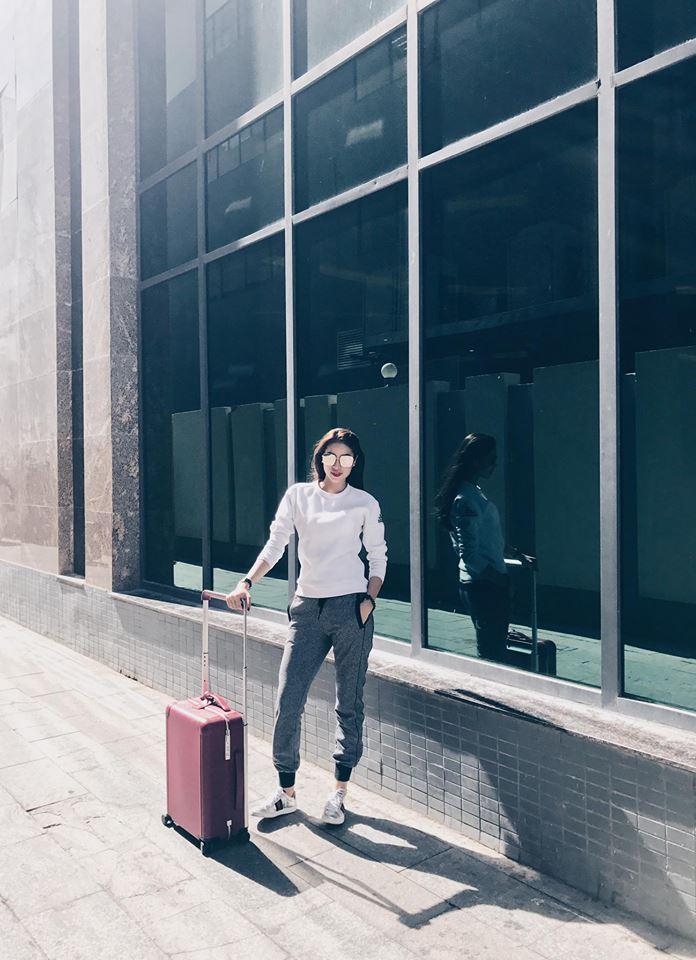 Tin sao Việt 1/10: Vợ chồng Jennifer Phạm đưa con gái đi đón tết  trung thu sớm-6