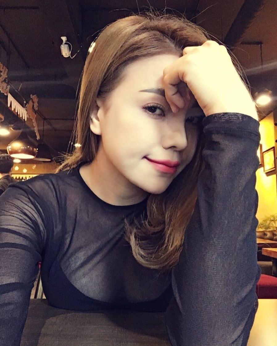 Tin sao Việt 1/10: Vợ chồng Jennifer Phạm đưa con gái đi đón tết  trung thu sớm-9