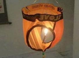 Chiếc đèn Trung thu làm chao đảo Facebook tuần qua