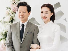 Hoa hậu Đặng Thu Thảo đẹp rạng rỡ bên chồng trong lễ ăn hỏi tại nhà riêng