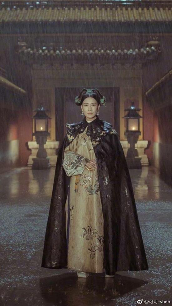 Với nhan sắc này, Xa Thi Mạn xứng danh Hoàng hậu đẹp nhất màn ảnh-4